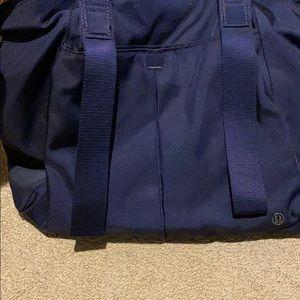 lululemon athletica Bags - Lululemon navy workout bag